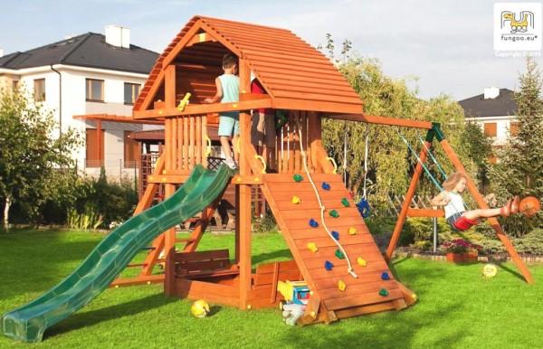 Spielturm mit Rutsche, Kletterwand, Sandkasten und Schaukel