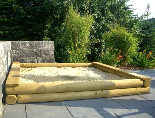 Sandkasten 240 x 240 cm Rundholz mit Abdeckplane