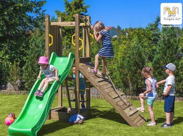 Spielturm Funny 3 mit Rutsche, Rampe, Kletterseil, Leiter und Sandkasten
